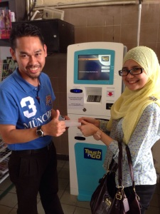 The installation Day @ Tapah RNR (pls visit and topup skali ya) :-P